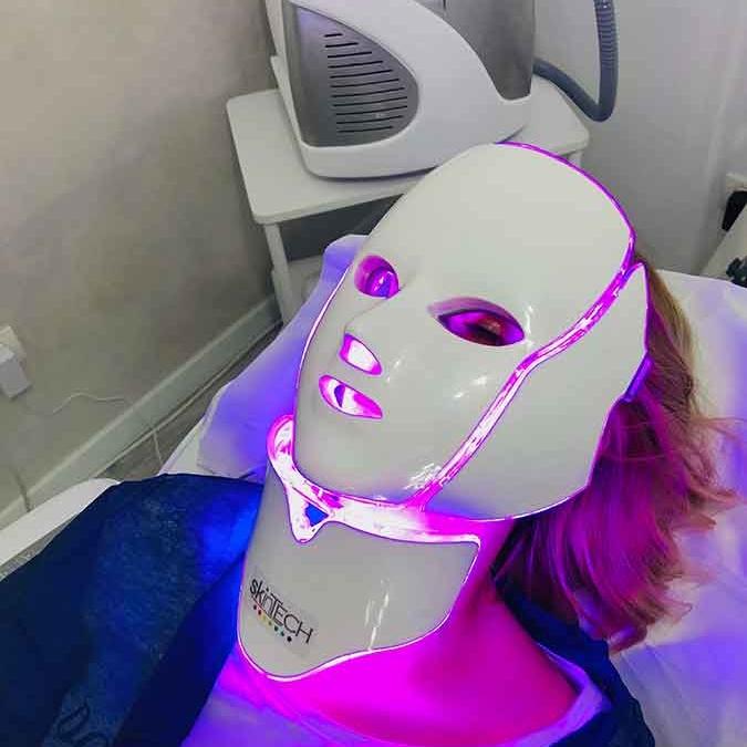 Pachet 5 şedinţe + 1 gratis Masca Skin Tech led + infrared
