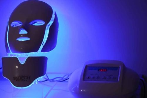 Pachet 3 şedinţe + 1 gratis Masca Skin Tech led + infrared + Galvanic + Ser Bruno Vassari